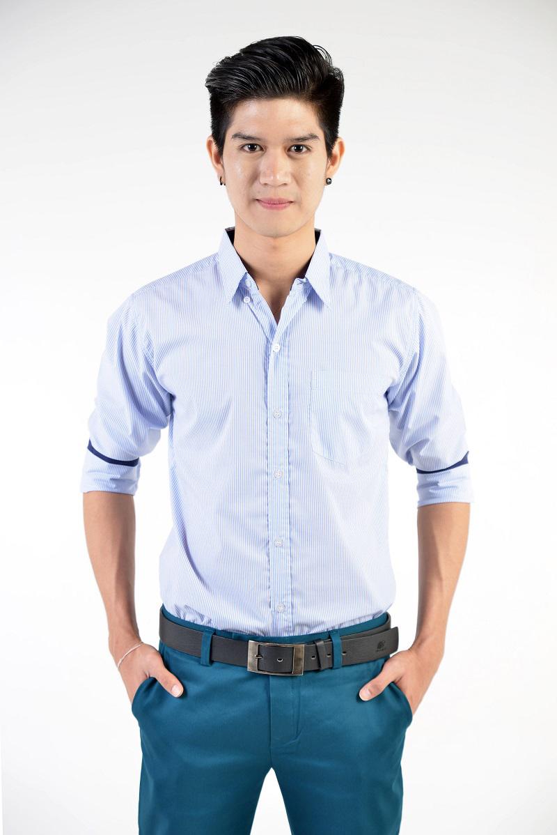 เสื้อเชิ้ตผู้ชายลายทางเล็กสีฟ้า ผ้าคอตตอน