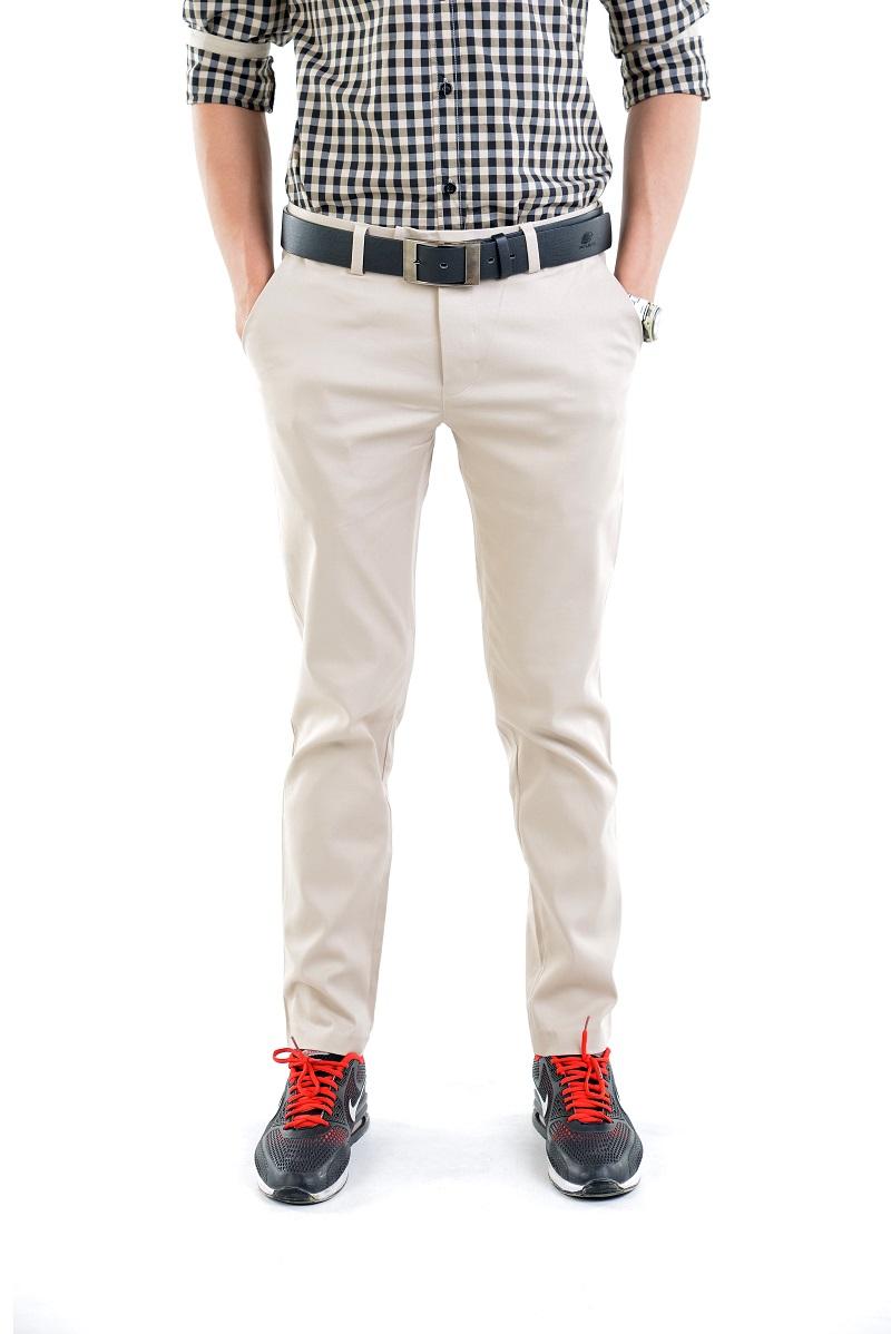 กางเกงสแล็คผู้ชายสีครีม ผ้ายืด ทรงกระบอกเล็ก
