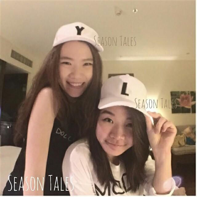 หมวกติดชื่อ หมวกคู่ ติดตัวอักษร หมวกสกรีนชื่อ หมวกแก๊ปติดชื่อ