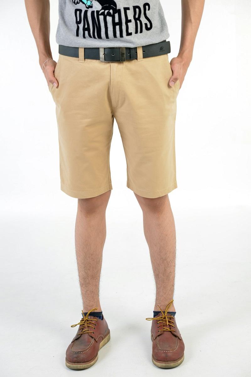 กางเกงขาสั้นผู้ชายสีครีม ผ้าฟอกนิ่ม