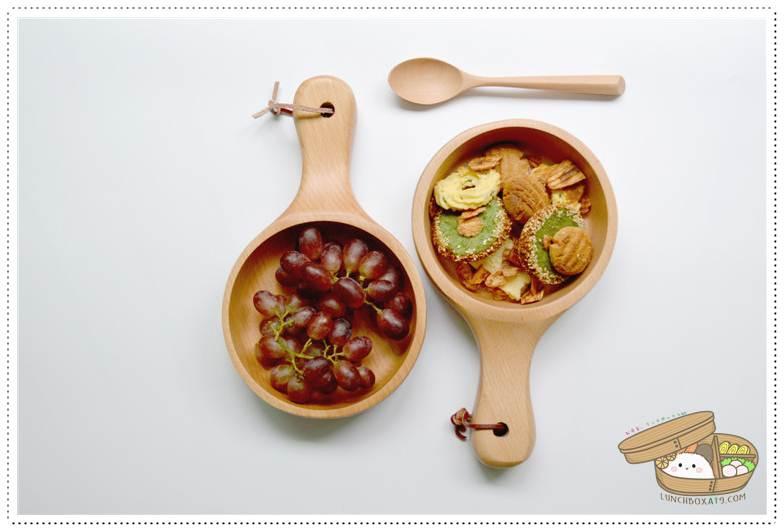 Japanese Wooden Bowl with Handle - ชามไม้ญี่ปุ่นแบบมีด้ามจับ