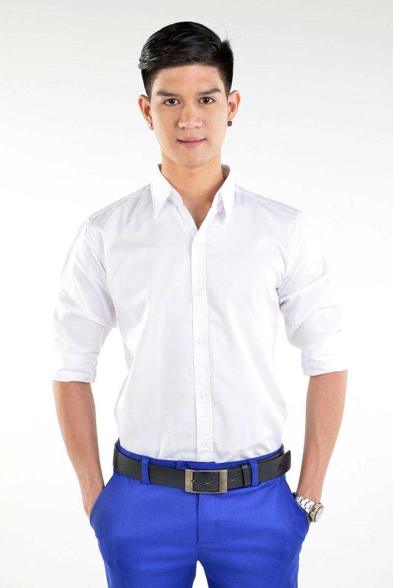 เสื้อเชิ้ตผู้ชายสีขาว ผ้าคอตตอน