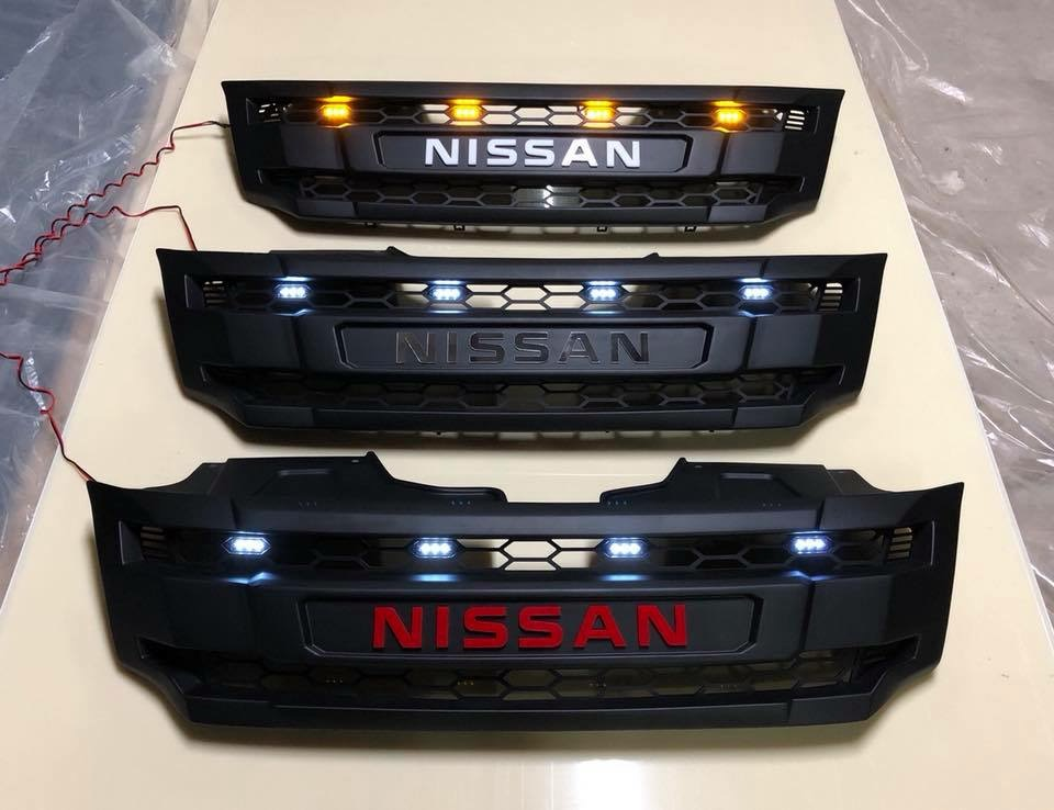 กระจังหน้า NISSAN NAVARA 2014-2018 มีไฟ โลโก้ NISSAN
