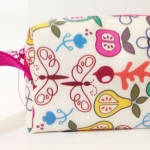 กระเป๋าลายผลไม้ สีสันสดใส.. สินค้าของใหม่
