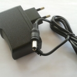110V-220V to 9V 1A AC Adapter