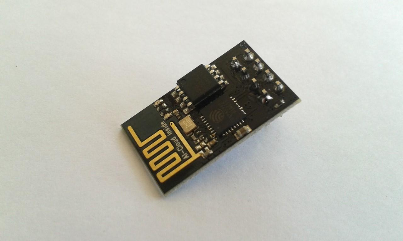 ESP8266 ESP-01 รุ่นใหม่ PCB สีดำ Flash 1MB