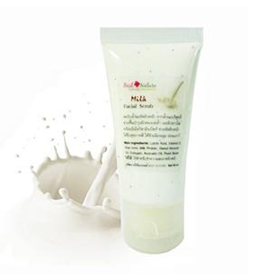 Milk Facial Scrub สครับน้ำนมขัดผิวหน้า ช่วยผลัดเซลล์ผิวคล้ำเสีย เผยผิวขาวเนียนนุ่ม กระจ่างใส ให้ผิวแลดูอ่อนเยาว์ เหมาะกับทุกสภาพผิว