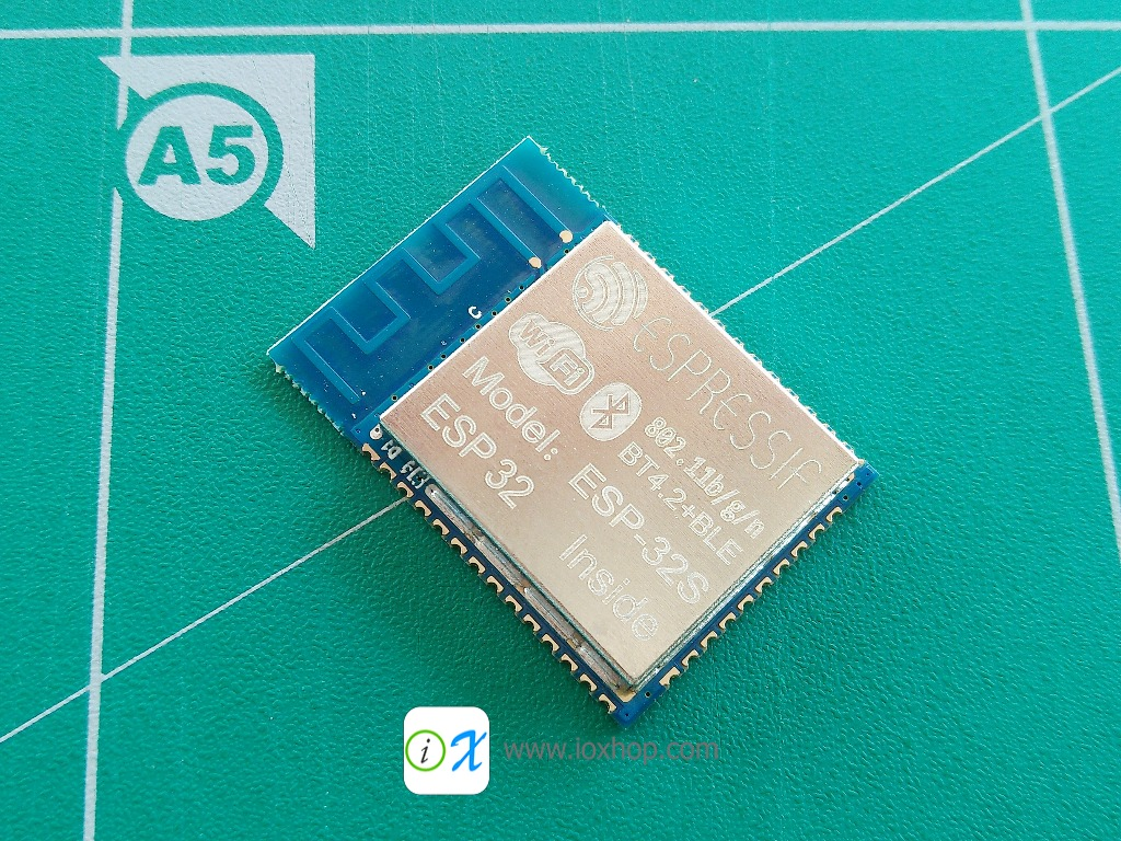 ESP32 ESP32S new WiFi BLE chip dual core 32-bit mcu
