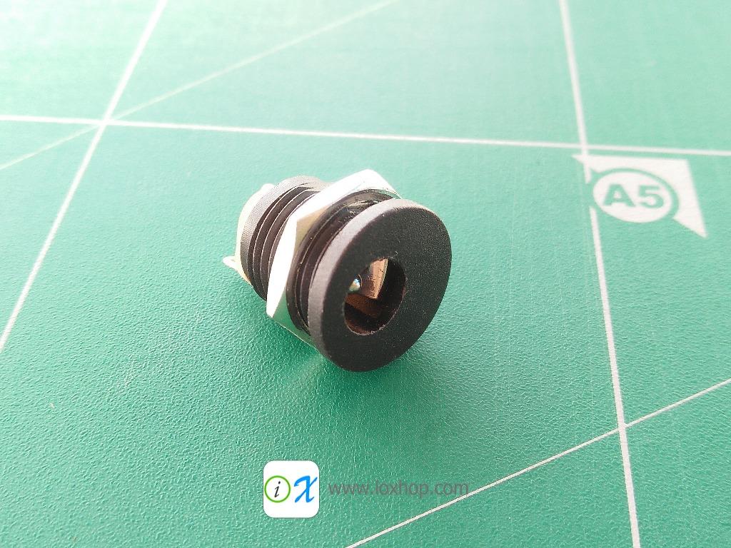 5.5x2.1mm Round DC Socket Panel Mounting