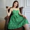 ชุดเดรสไปงานสีเขียวสวยหรู ลูกไม้ลายดอกไม้ สายเดี่ยว ลุคสวยหวานแอบเซ็กซี่