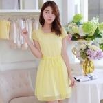 ชุดเดรสสั้นน่ารักๆ สีเหลือง ผ้าชีฟอง ลุคน่ารักใสๆวันสบายๆ สไตล์เกาหลี