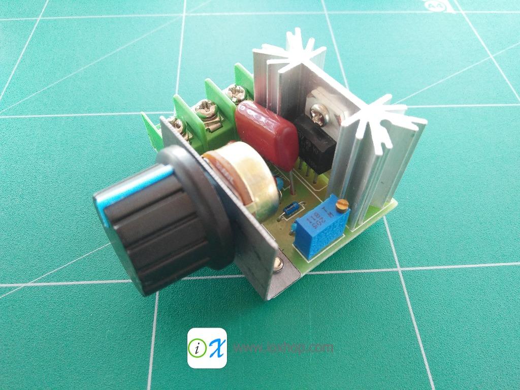 2000W 50-220V 10A AC Motor Speed Controller
